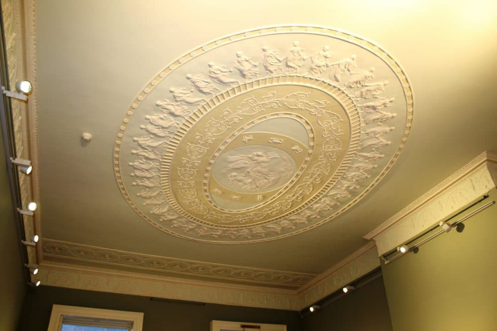 oval-ceiling-reproduced-from-photographs
