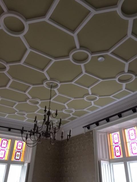 patterned-ceiling-at-rathaldron-castle
